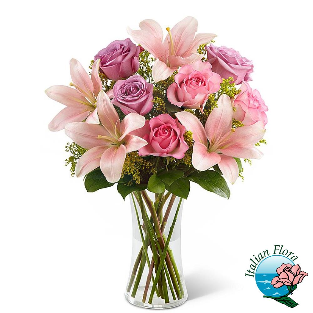 Bouquet di lilium e rose rosa
